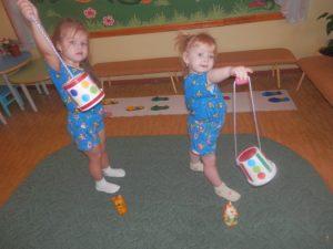 Подвижные игры для детей дома 2-3 лет