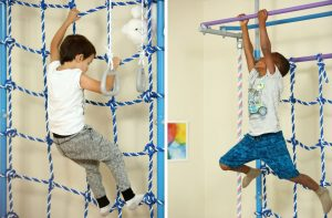 Игры для детей на спортивном комплексе