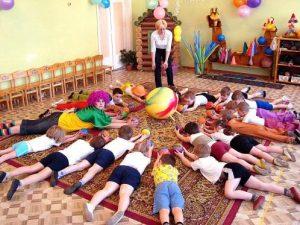 Элементы на растяжку в детском саду