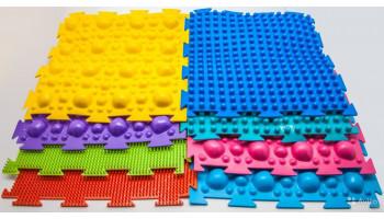 Детский массажный орто-коврик – что это такое